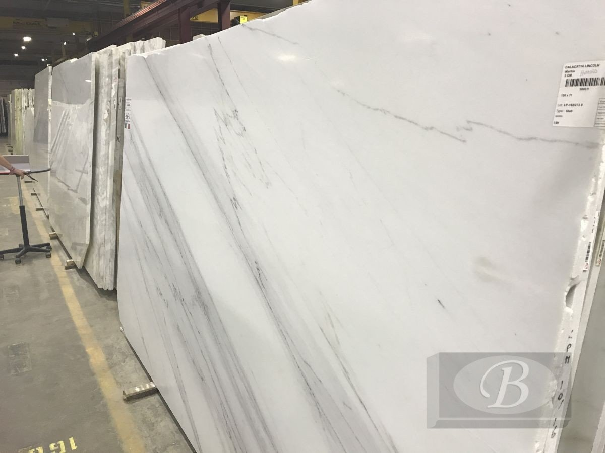 Calacatta Lincoln Honed Marble